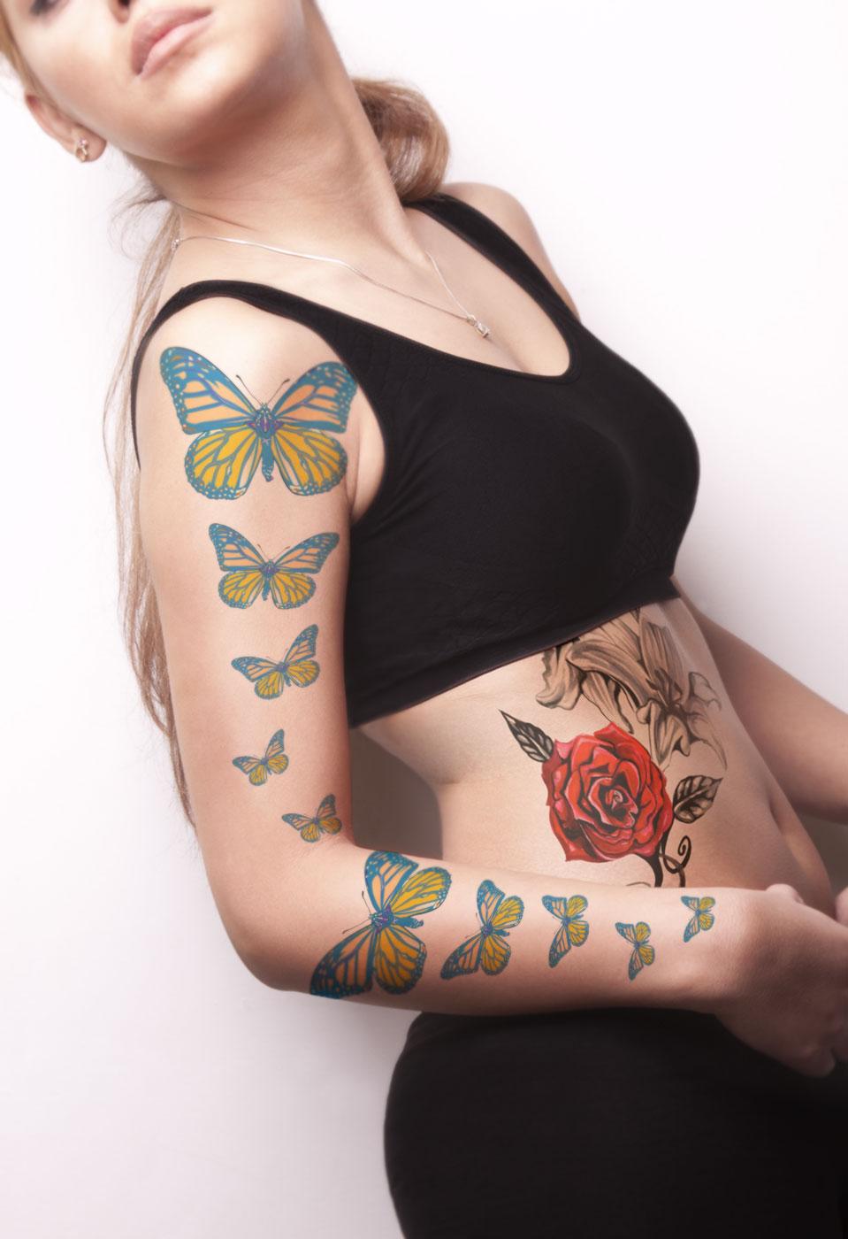 دانلود موکاپ تتو روی بدن زن مدل2