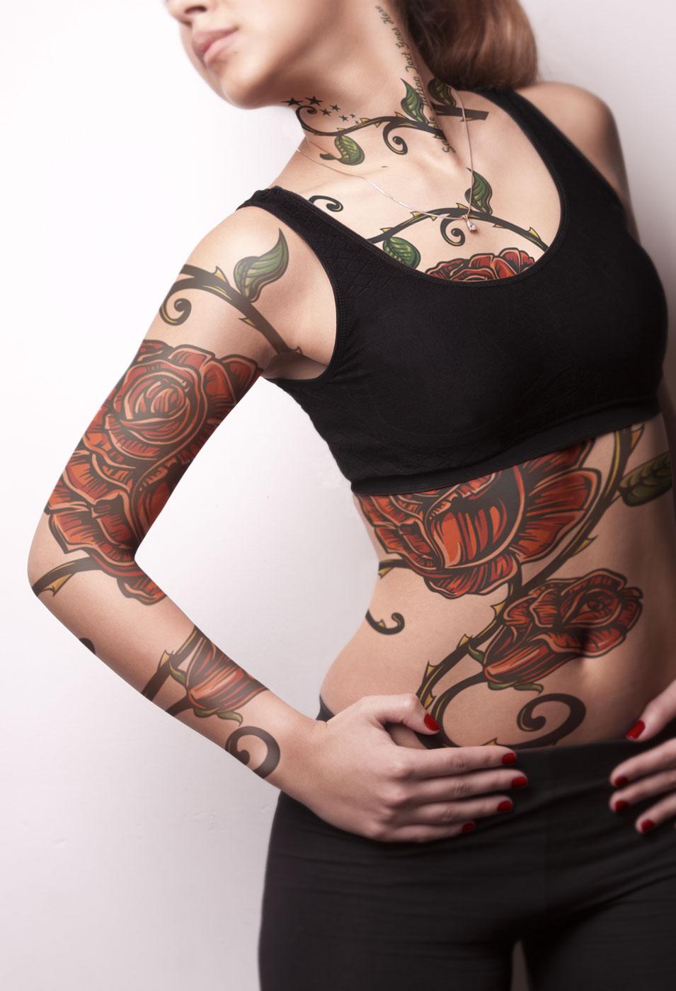 دانلود موکاپ تتو روی بدن زن مدل 1