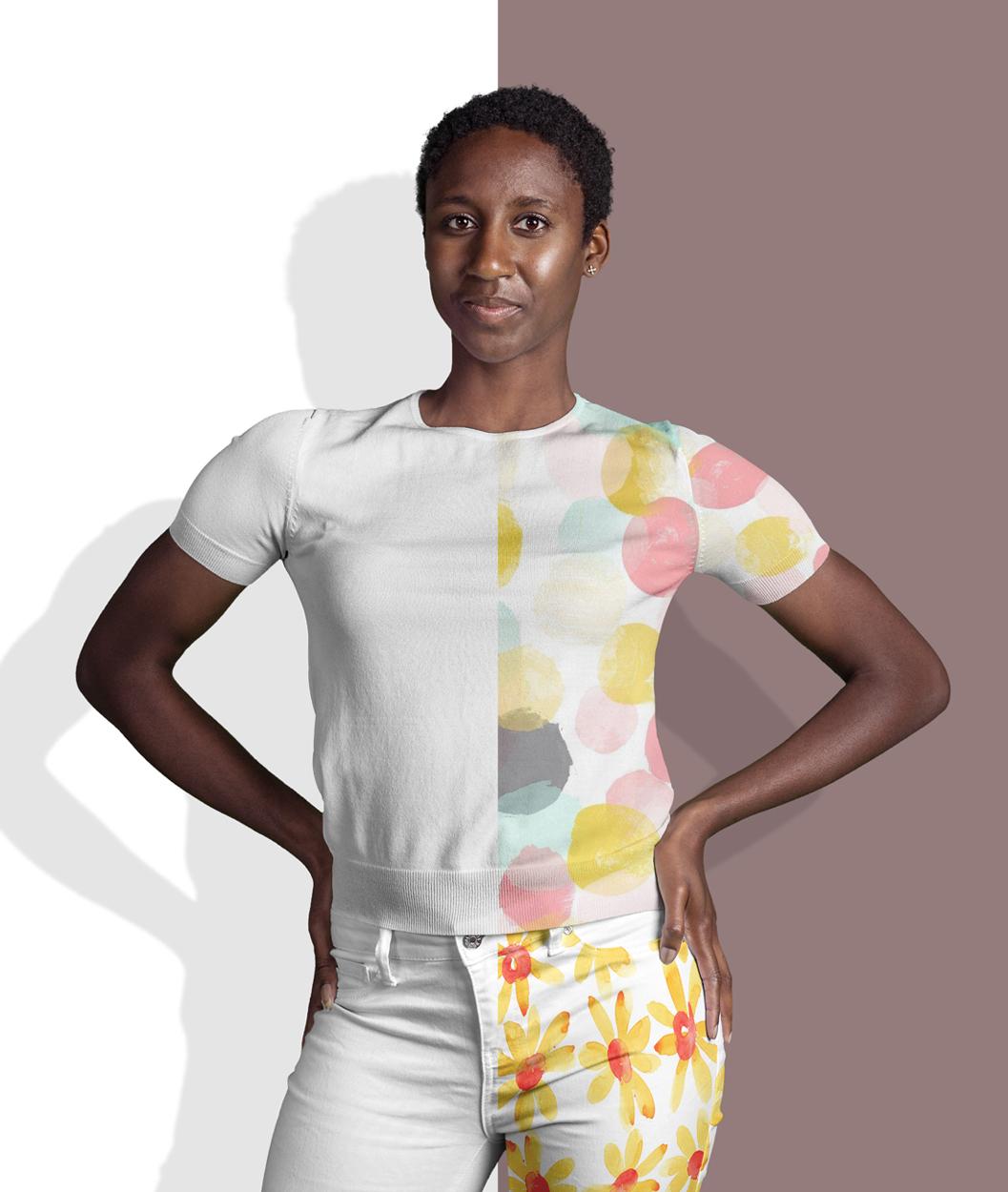 دانلود موکاپ لباس بافتنی آستین کوتاه و شلوار زنانه