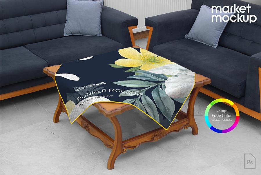 موکاپ رانر مربع روی میز چوبی مبل
