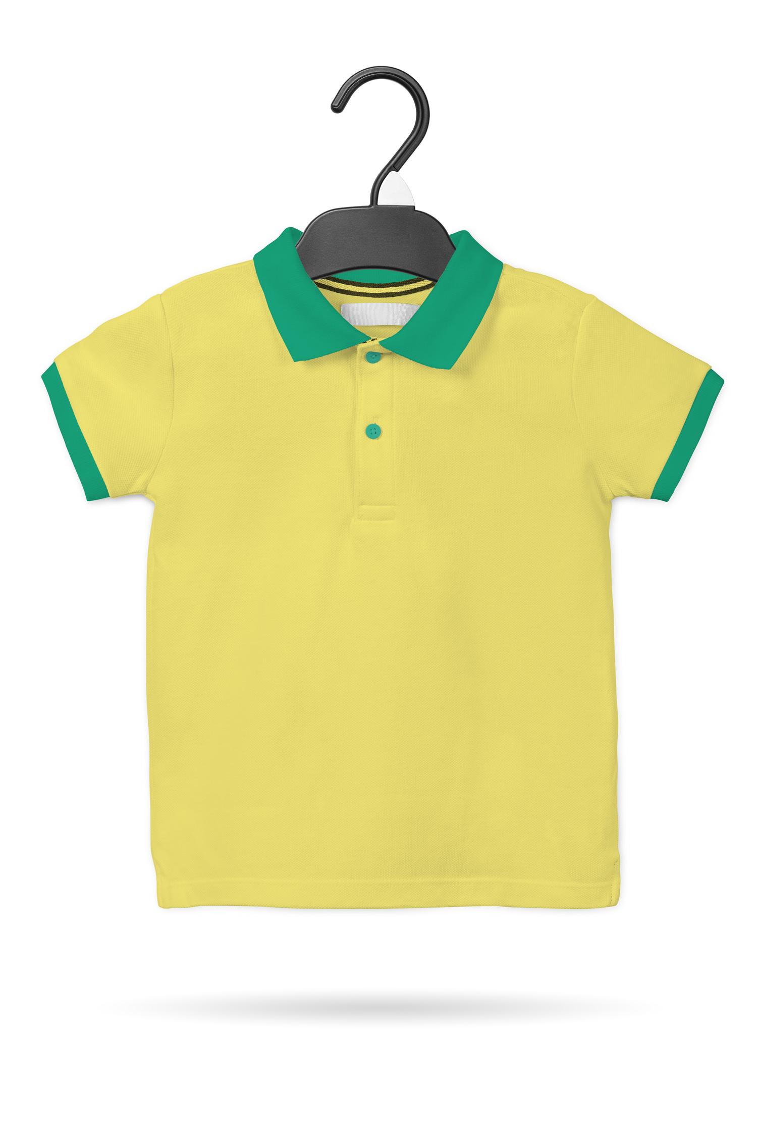 موکاپ تی شرت یقه دار دکمه ای پسرانه
