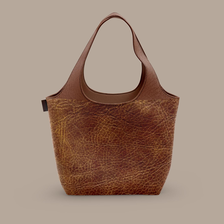 موکاپ کیف چرمی زنانه