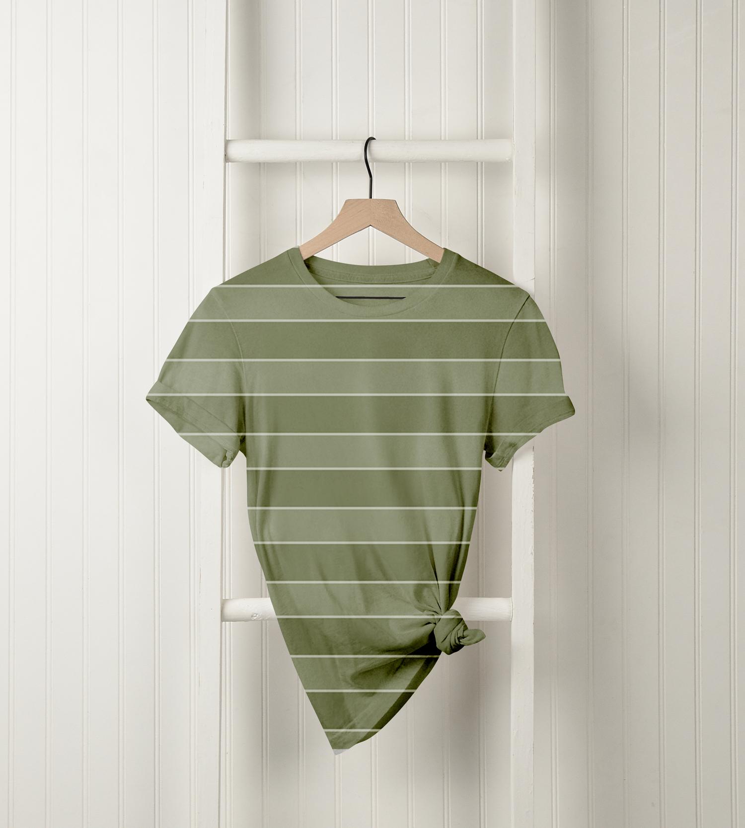 موکاپ تی شرت دخترانه با طرح خاص1