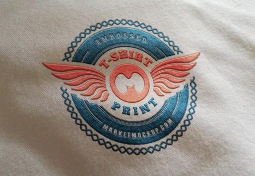 موکاپ لوگو چاپ شده روی پارچه